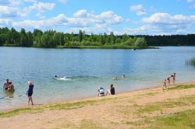 Radžu ūdenskrātuves Zilā karoga peldvietā ūdens kvalitāte atbilst normām, peldēties atļauts