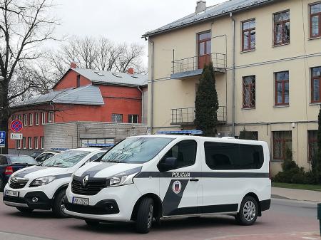 Jēkabpils policijas iecirkņa statistika: Notikuši ceļu satiksmes negadījumi un pieķerti dzērājšoferi
