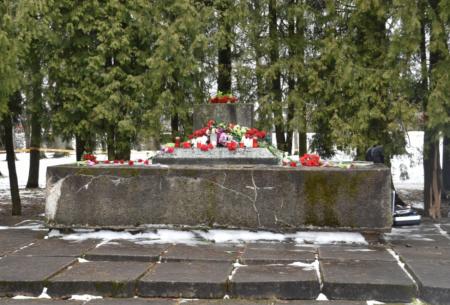 Jēkabpils pilsētas pašvaldība informē policiju par lielgabala patvaļīgu demontāžu